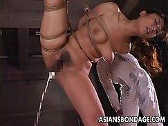 Bi chick sex with her dildo