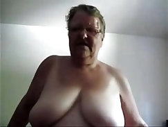 Chubby camgirl analized after masturbating