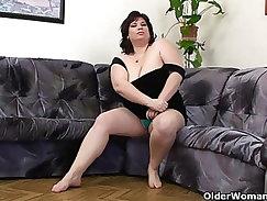 Busty and fat mature milf Alma wal Los Trasig