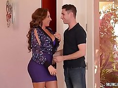 Busty milf in pantyhose watches with satisfaction on her wet pussy