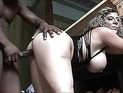 Amateur She Likes BBC In Several Position