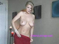 STUNNING BLONDE MILF SEXXXY STRIP TEASE!