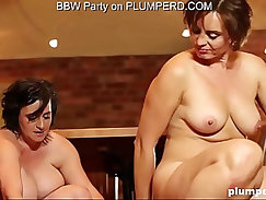 Mature Fat Ladies enjoying the cleaning boy