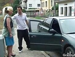 Old blonde whore gets hammered