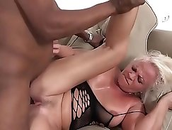Big ass bitch Ana La Paula anal fucked hard and swallows all that cum