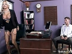 Classy milf ballspurred and starts assfucked