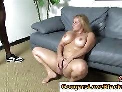 Cougar plumper gets double interracial cumshot