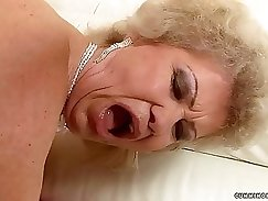 Asian granny gets analized by pawn man