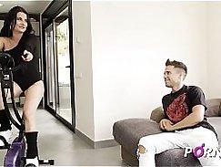 PORNBCN // La madre de mi amigo 4K // La milf española Bianka Blue se folla al joven Alberto Blanco y su enorme polla //       milf spanish mature step mom madura maduras porno en español porn porno sex big tits pussy licking big dick tetas
